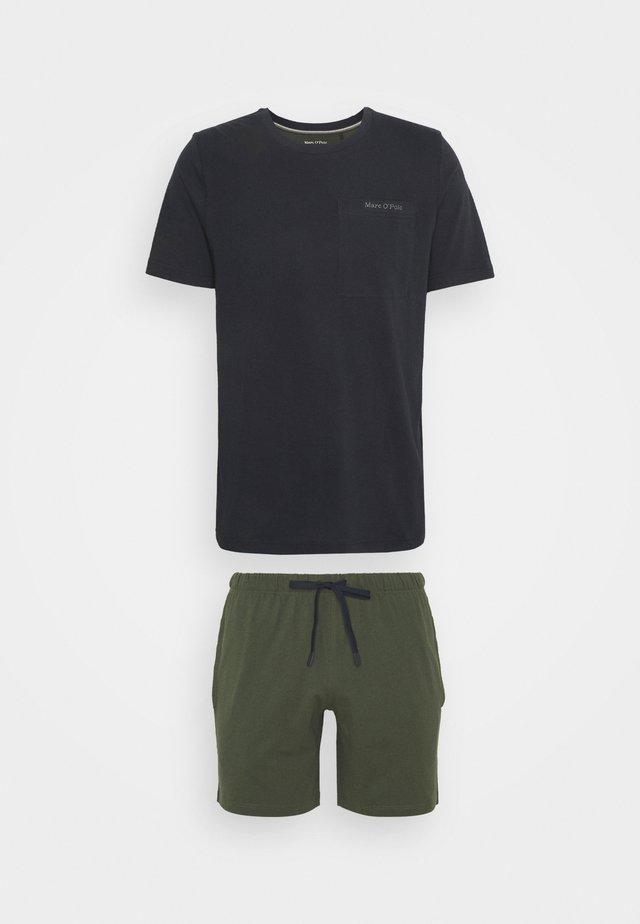 LOUNGESET CREW NECK - Pyjamas - khaki
