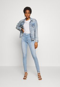 Levi's® - 720 HIRISE SUPER SKINNY - Jeansy Skinny Fit - calling card - 1