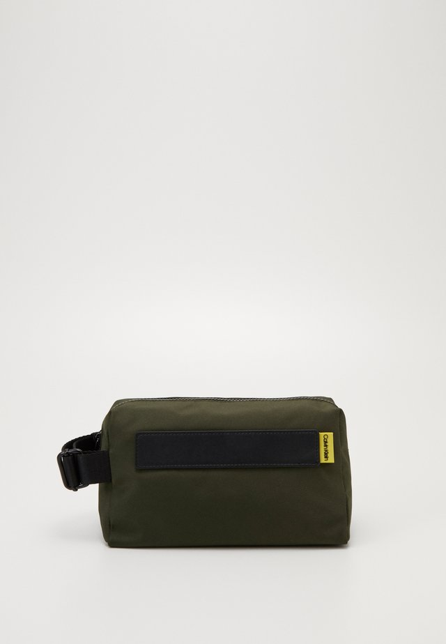 NASTRO LOGO WASHBAG - Trousse de toilette - green