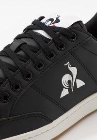 le coq sportif - COURT CLAY BOLD - Zapatillas - black - 5