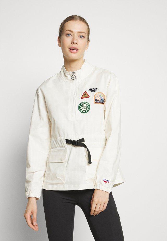 ROBYN - Outdoor jacket - soya