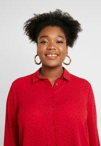 New Look Curves - PRINT - Skjortebluser - red - 3