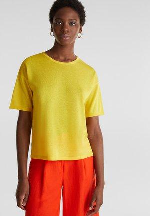 SHORT SLEEVE - Print T-shirt - yellow