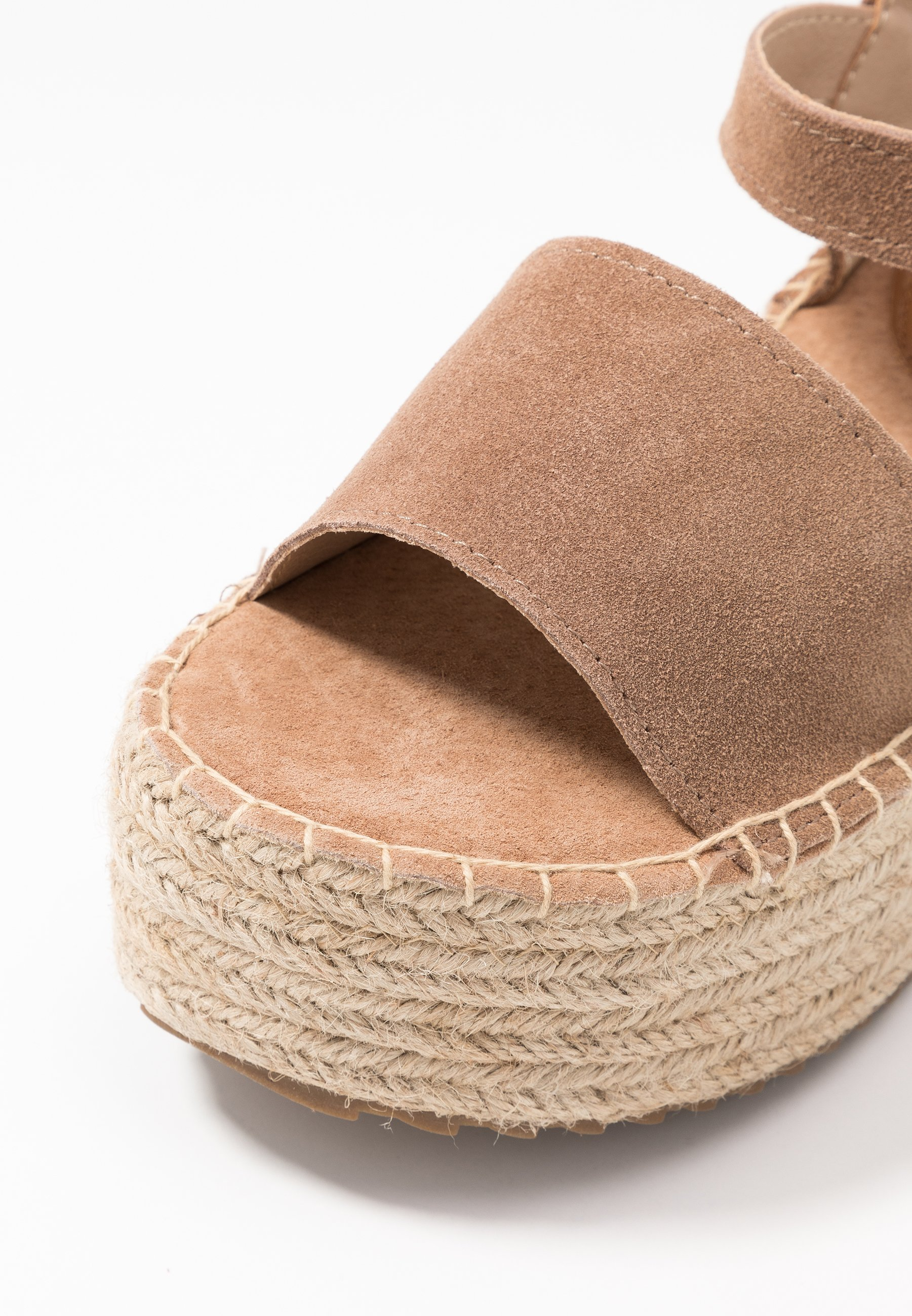 XTI Plateausandalette - camel | Damen Schuhe 2020