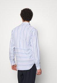 Henrik Vibskov - TAPE SHIRT - Shirt - light blue/white - 2