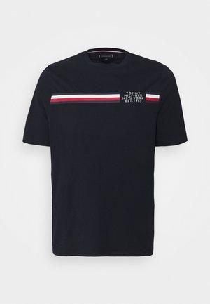 SPLIT TEE - Print T-shirt - desert sky
