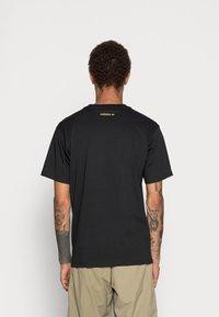 adidas Originals - DECO TREFOIL - T-shirt con stampa - black - 2
