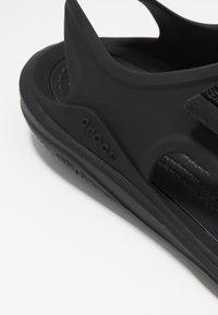 Crocs - SWIFTWATER EXPEDITION MOLDED - Sandalias - black - 2