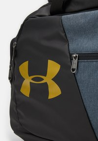 Under Armour - UNDENIABLE DUFFLE - Sportstasker - black - 7