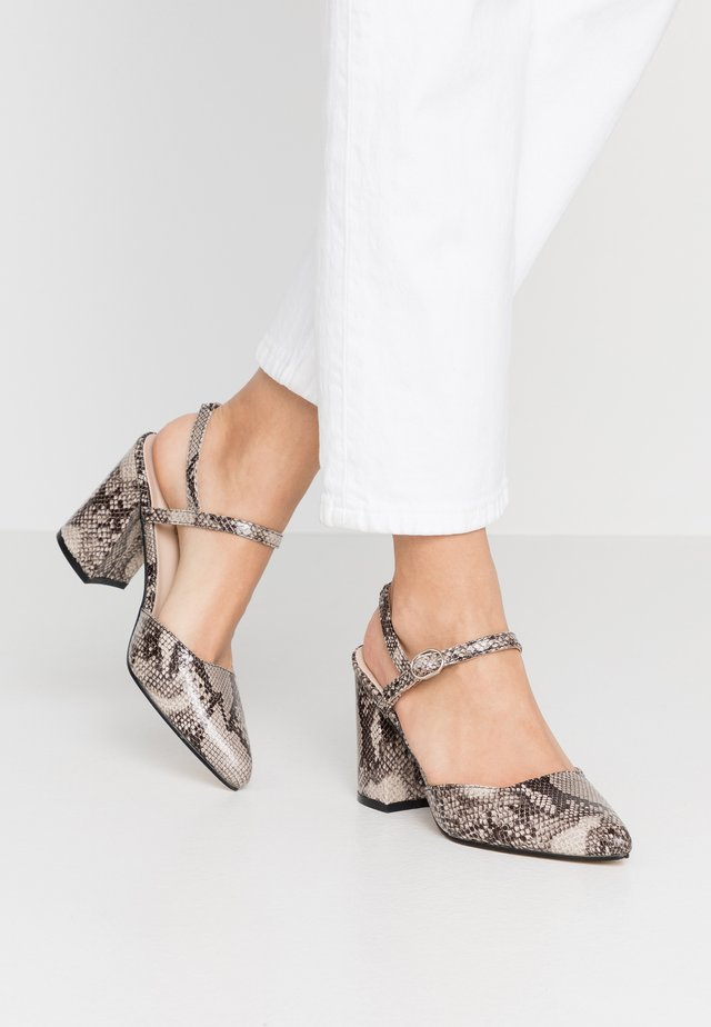 High heels - natural