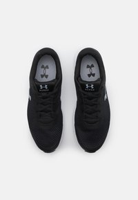 Under Armour - SURGE 2 - Neutral running shoes - black - 3