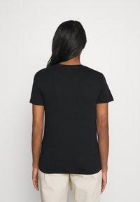 ONLY - ONLLINA LIFE BOX - T-shirts med print - black - 2