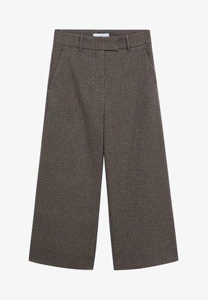 BERMU - Trousers - braun