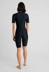 Zoggs - BLOOMSBURY KNEESUIT - Swimsuit - black/multi - 2