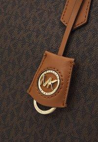 MICHAEL Michael Kors - JANE TOTE - Handbag - acorn - 4