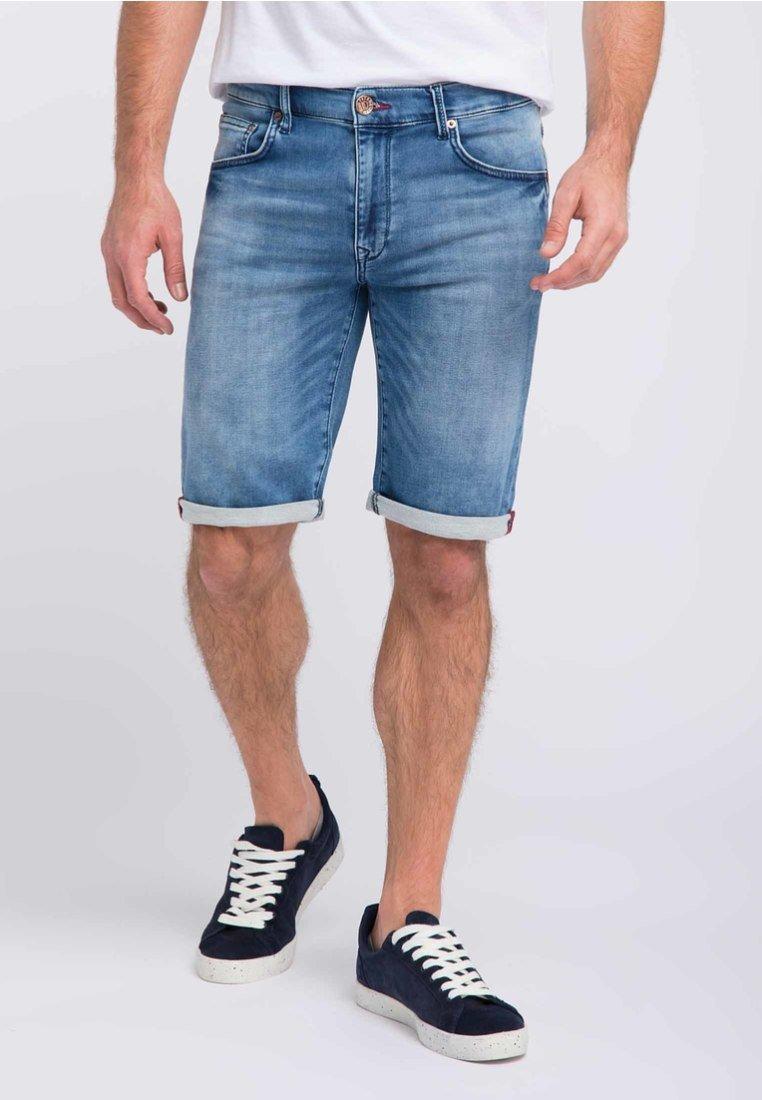 Petrol Industries - Denim shorts - light-blue
