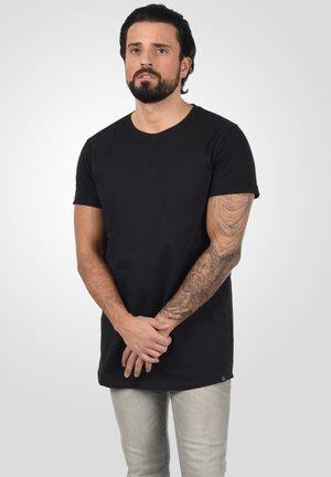 LONGO - Basic T-shirt - black