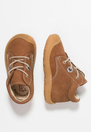 CORY - Babyschoenen - curry