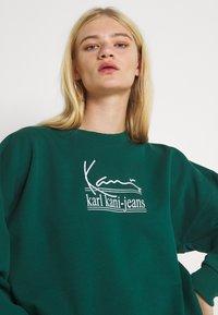 Karl Kani - SIGNATURE CREW - Felpa - green - 3