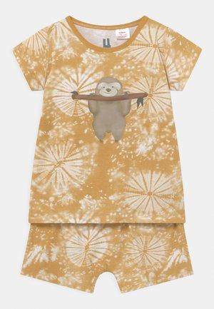 SHORT SLEEVE UNISEX - Pyžamová sada - honey gold