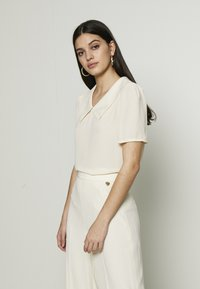 Vero Moda - VMMILA - T-shirt basique - birch - 0