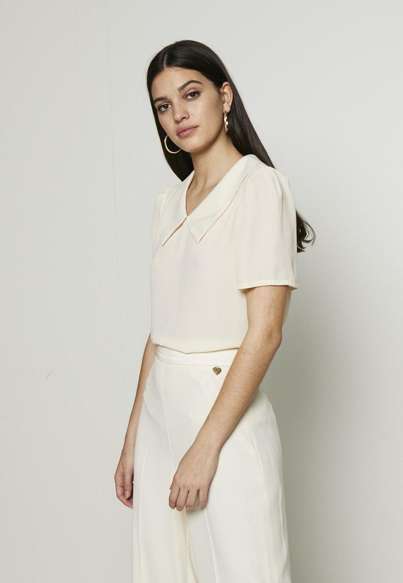 Vero Moda - VMMILA - T-shirt basique - birch