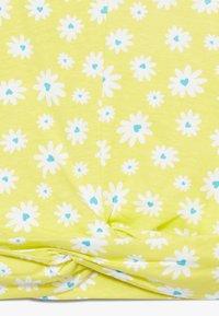 Lemon Beret - SMALL GIRLS  - T-shirt print - limelight - 3
