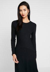 Zign - BASIC - Gebreide jurk - black - 3