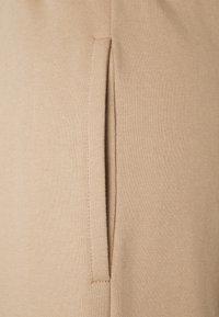 Missguided Petite - OFF SHOULDER JOGGER SET PETITE - Sweatshirt - sand - 5