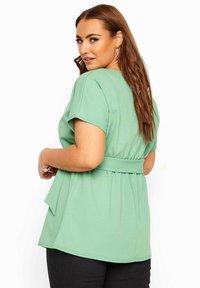 Yours Clothing - Basic T-shirt - green - 2