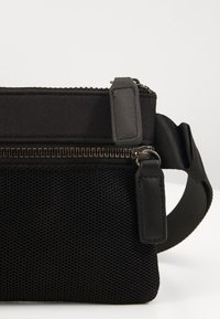 Pier One - UNISEX - Bum bag - black - 2