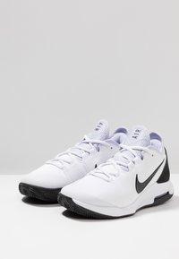 Nike Performance - AIR MAX WILDCARD CLAY - Tennissko til grusbane - white/black/oxygen purple - 2