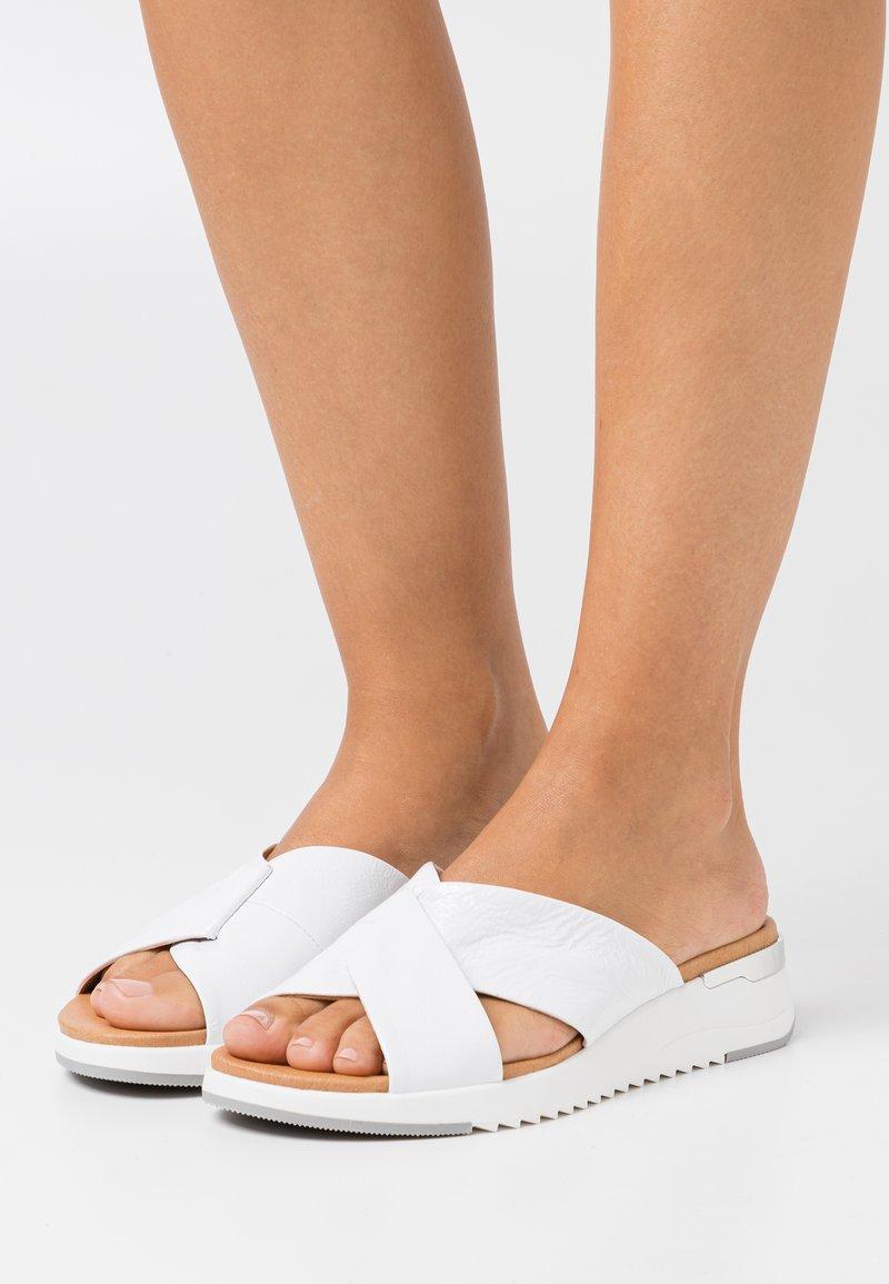 Caprice - SLIDES - Mules - white