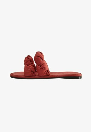 MIT KNOTENDETAIL - Mules - rot