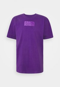 Karl Kani - SMALL SIGNATURE BOX TEE UNISEX  - Print T-shirt - purple - 4