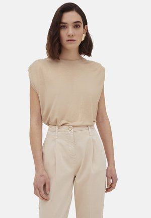 LAMINATA - Basic T-shirt - beige