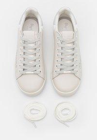 Pepe Jeans - BROMPTON FUN - Trainers - white - 5