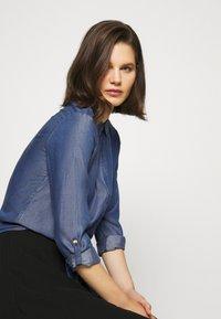 comma - LANGARM - Button-down blouse - dark blue - 3