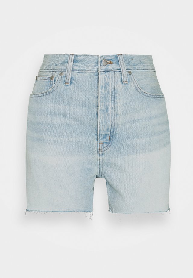 THE MOM SHORT IN FITZ - Shorts di jeans - fitzgerald
