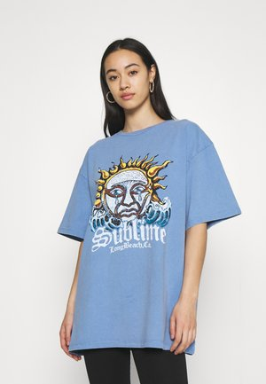SUBLIME DAD TEE - T-shirts med print - washed blue