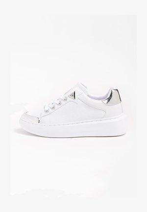 BRANDYN - Sneakersy niskie - weiß
