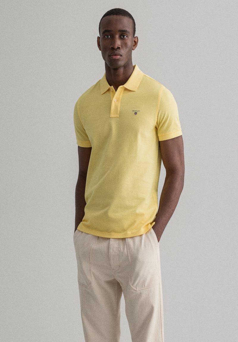 GANT - Polo shirt - brimestone yellow