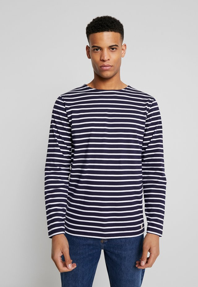 PLOZEVET - MARINIÈRE - T-SHIRT - T-shirt à manches longues - navy / white
