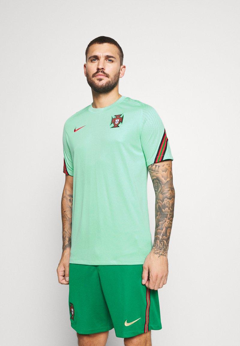 Nike Performance - PORTUGAL - Klubtrøjer - mint/sport red
