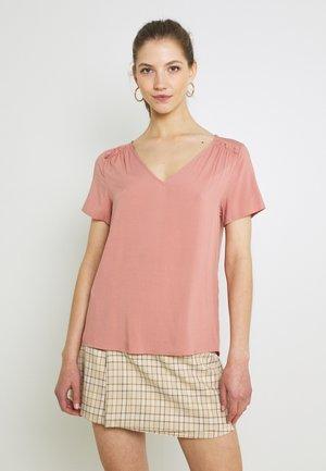 VMNADS SHOULDER FRILL - T-shirts - old rose