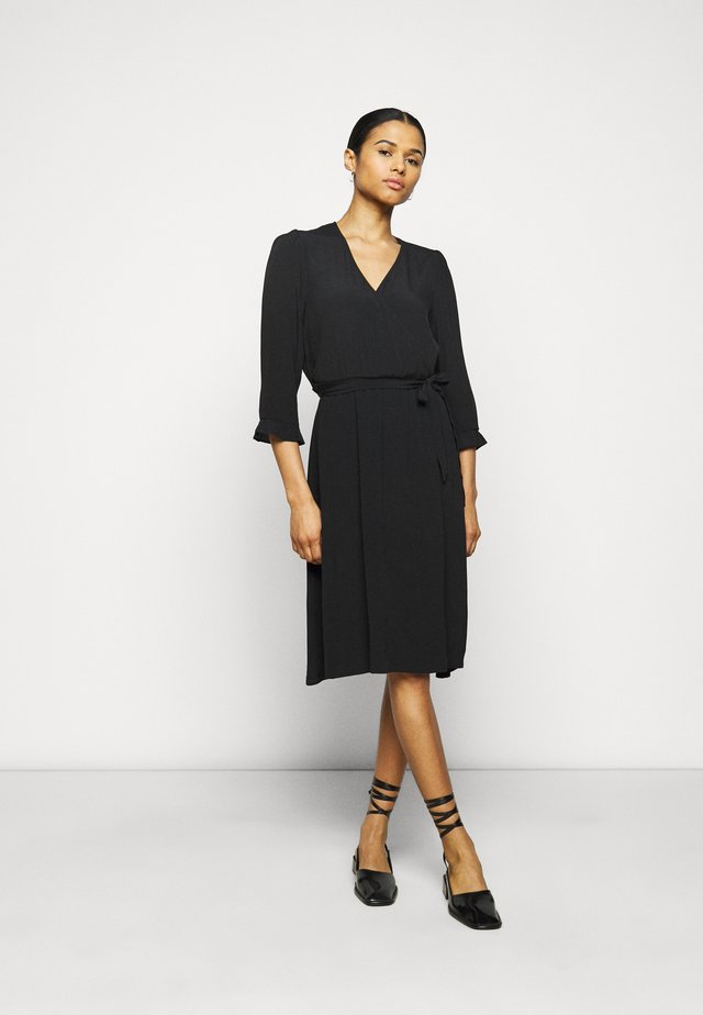 CARLOS - Korte jurk - black