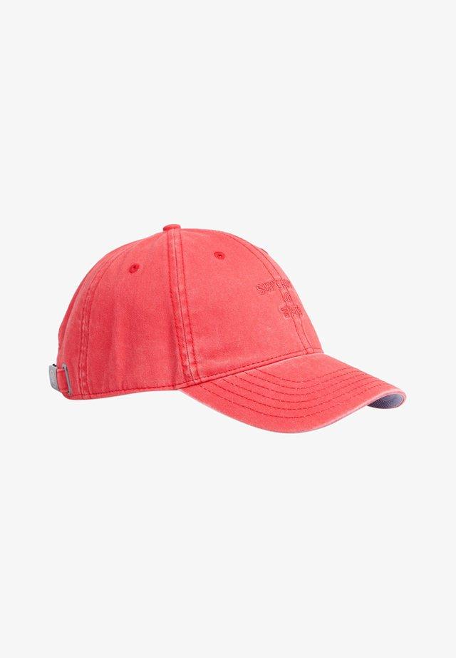Czapka z daszkiem - vintage red