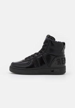 HIGHLINE - Sneakers hoog - black