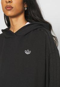 adidas Originals - HOODIE - Hoodie - black - 6