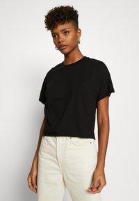 Miss Selfridge - TEE 2 PACK - T-shirts - black/white - 2